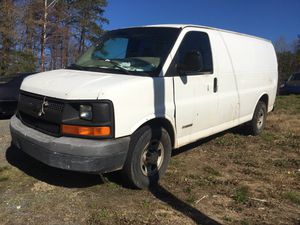 2005 Chevy Express 2500 PARTS PARTES for Sale in Durham, NC