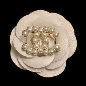 Small Size Pearl Brooch for Sale in Los Angeles, CA