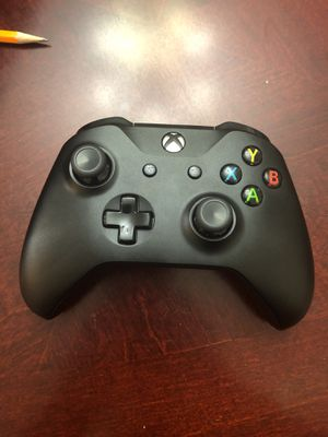 Brand new Xbox controller for Sale in Gaithersburg, MD