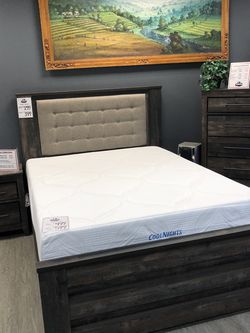 New & In Box! Rustic Queen Bed W/ Padded Headboard Only $299! for Sale in Vancouver,  WA