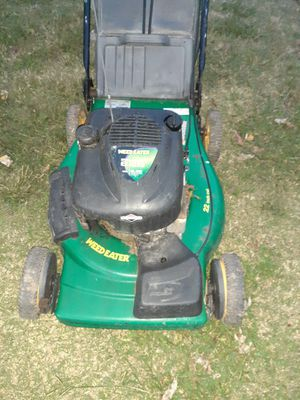It was way to 6.25 Weedeater lawn mower with bag self-propelled does not work for Sale in Newport News, VA