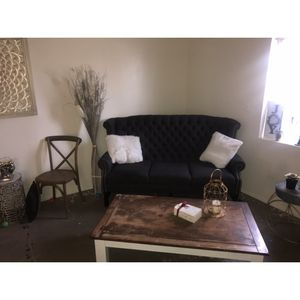 Gray Charcoal Elegant Sofa With Coffee Table No Pets for Sale in Phoenix, AZ