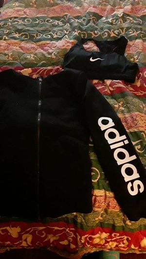 WOMENS ADIDAS OUTFIT for Sale in Nashville, TN
