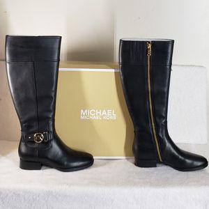 Michael Kors women tall boots, size 5.5 (NEW) for Sale in Hendersonville, TN