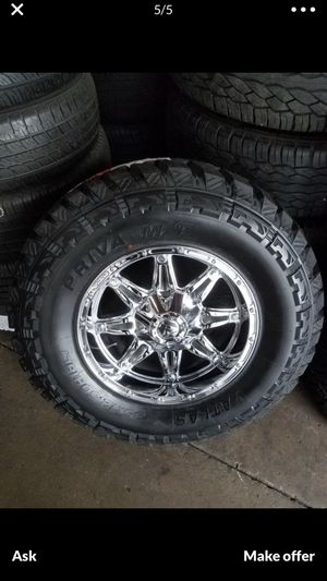 "18"" Rims and 35"" Tires for Sale in Garden Grove, CA"