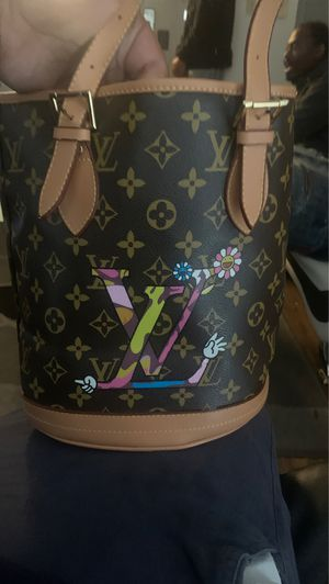 Louis Vuitton bag for Sale in Oakland, CA