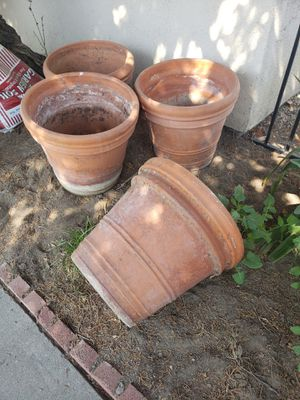 Flower Pots / Macetas for Sale in Paramount, CA