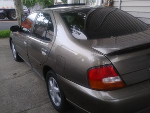 98 Nissan Altima for Sale in New Haven, CT