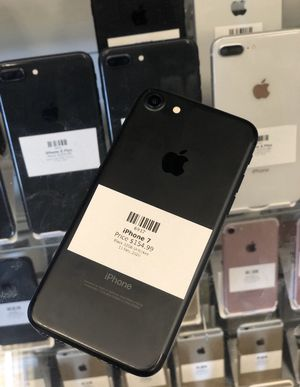 Black IPhone 7 32GB (CARRIER UNLOCKED) for Sale in Rancho Cordova, CA
