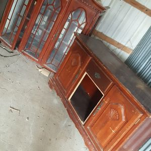 Wooden China Cabinet, Shelf, 2 wood Chester Drawers for Sale in Huffman, TX