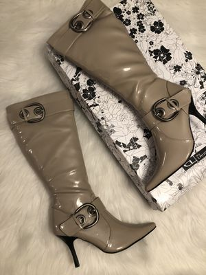 Chinese laundry heeled boots for Sale in Andover, KS