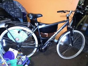 Never ridden Schwinn hybrid bike for Sale in Nashville, TN