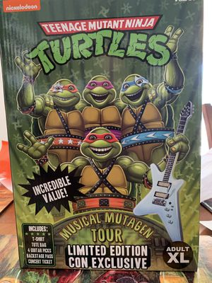TNMT SDCC exclusive pack(Teenage Mutant Ninja Turtles for Sale in Los Angeles, CA