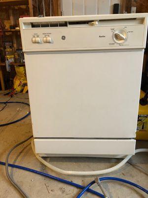 Dishwasher - for Sale in Leavenworth, WA