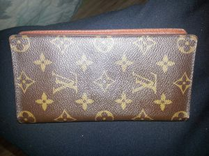Louis Vuitton wallet for Sale in Portland, OR