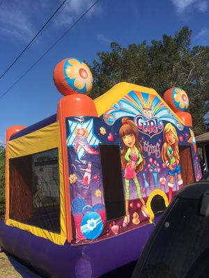 Bouncy house...bouncing house...inflatable ....chairs, tables for Sale in Haines City, FL