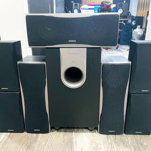 Onkyo 7.1 Surround Sound Speakers(Full Set) for Sale in Bellmore, NY