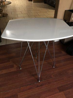 Set of 2 tables. $50 for Sale in Avondale, AZ