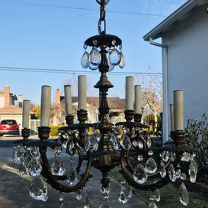 Beautiful Vintage Crystal Chandelier (with Crystal Ball) for Sale in West Sacramento, CA
