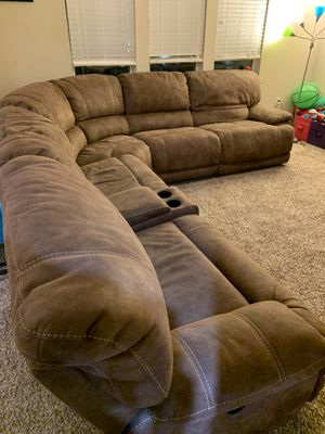 Couch for Sale in Clermont, FL