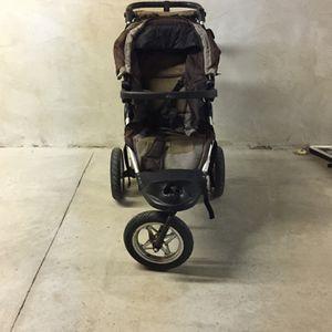 City Elite Jogger Stroller (jumpseat Double) for Sale in Philadelphia, PA