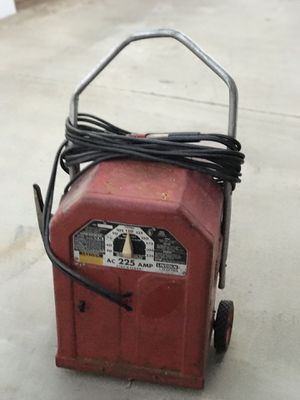 Lincon heavy duty stick welder in excellent working condition for Sale in Banning, CA