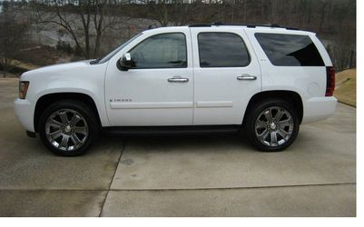 Amazing 2007 Chevrolet Tahoe Clean 4WDWheels -dfsrgg for Sale in Cleveland,  OH