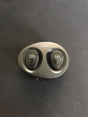 Losoi Wireless Earbuds w/ Charging Case for Sale in Herndon, VA