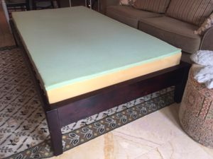 TWIN Platform bed W COOLING Memory foam! for Sale in West Palm Beach, FL