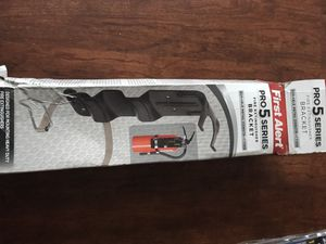 First alert pro 5 series fire extinguisher bracket for Sale in Pittsburgh, PA