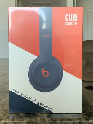 Beats Solo 3 Wireless - Navy - Club Edition for Sale in Tempe, AZ