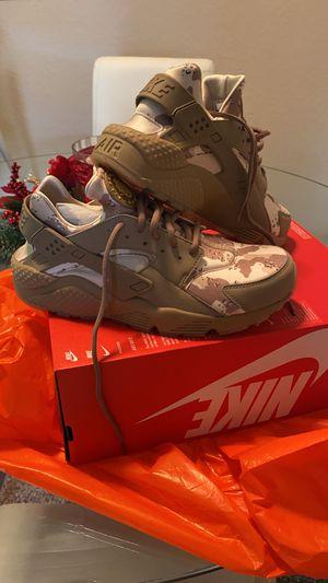 Nike huarache men's size 9 for Sale in Orlando, FL