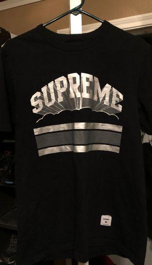 Supreme tshirt size medium for Sale in Frisco, TX