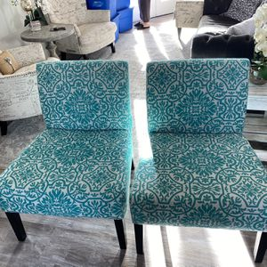 2 Accent Chairs for Sale in Leavenworth, WA
