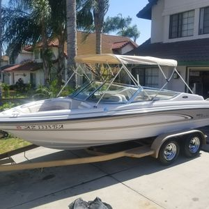 TRADE 97 CHAPPARAL 19' 4.3 MERCRUISER PLUS 03 CR250 CLEAN for Sale in Montclair, CA