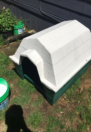 Dog house for Sale in Gresham, OR
