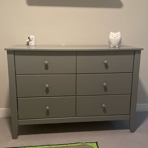 Free Kids Gray Twin Bed frame And Dresser for Sale in Chicago, IL