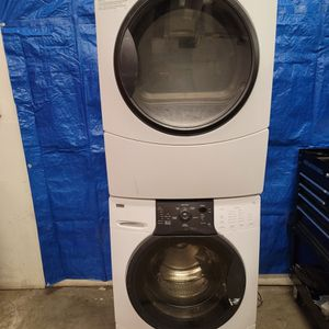 Kenmore Washer And Electric Dryer Set Good Working Condition Set For $379 for Sale in Wheat Ridge, CO