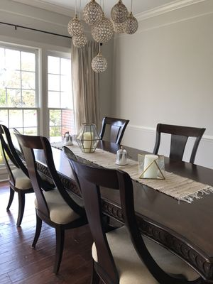 Beautiful Dining Set with 6 new chairs for Sale in Clarksville, MD
