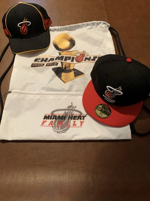 Heat Backpack and Two Hats for Sale in Fort Lauderdale, FL