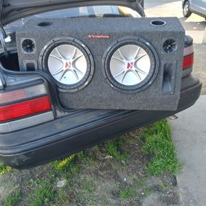 "12"" Subwoofers Kickers 1600 W 800 R Ms for Sale in Compton, CA"