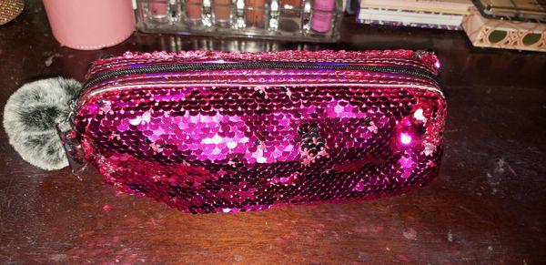 5pc Liquid lipsticks and bag