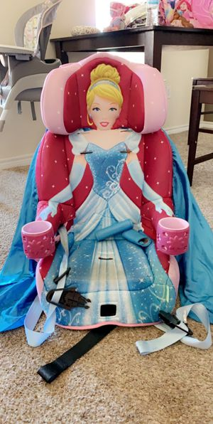 Disney princess car seat for Sale in Lubbock, TX
