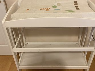 Baby Changing Table for Sale in Menlo Park,  CA