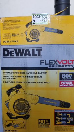 Dewalt flex volt blower w/ charger & battery for Sale in Margate, FL