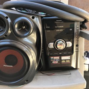 5 Disk Cd Changer for Sale in Los Angeles, CA