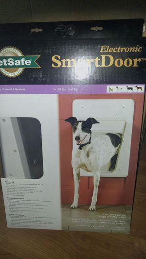 Petsafe Electronic Smart door (large) for Sale in Sanger, CA