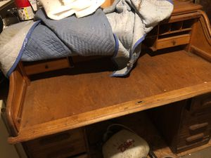 """60"""" antique roll top desk for Sale in Grandview Heights, OH"""