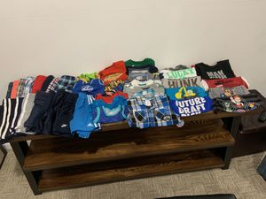 Size 2t boys spring/summer clothes for Sale in Kearneysville, WV