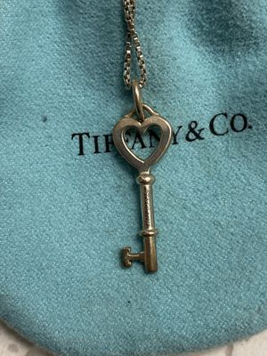 Tiffany's heart key pendant with chain for Sale in Long Beach, CA